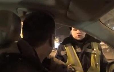 В Киеве один из лидеров Антимайдана обматерил сотрудников ГАИ. Видео 18+