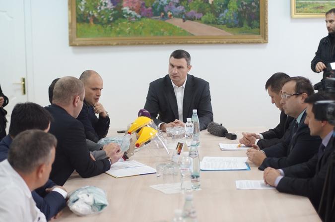 Кличко готов к борьбе с вирусом Эбола в Киеве. Видео