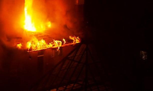 В Киеве ночью горел банк. Фото