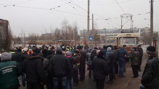 Киев остался без транспорта из-за забастовки. Видео