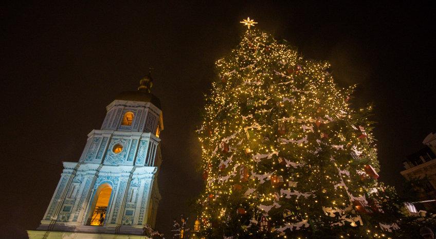 Кличко зажег главную елку Украины. Видео