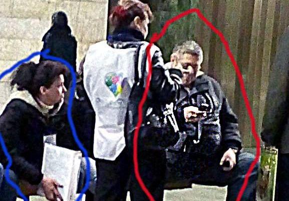 Несуществующий фонд «Ежик» собирает деньги в подземке Киева. Фото